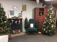 Christmas Shopping at Renninger's Kutztown for Decor