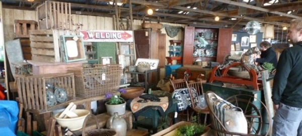 ISeptember Antique and Collector's Extravaganza In Kutztown, PA