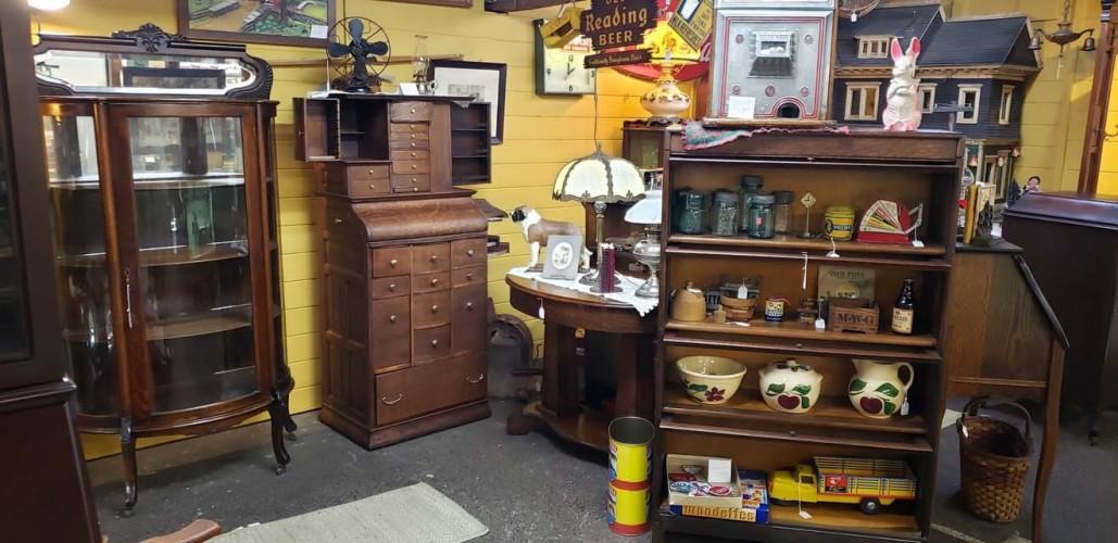 Renninger's Kutztown Vintage