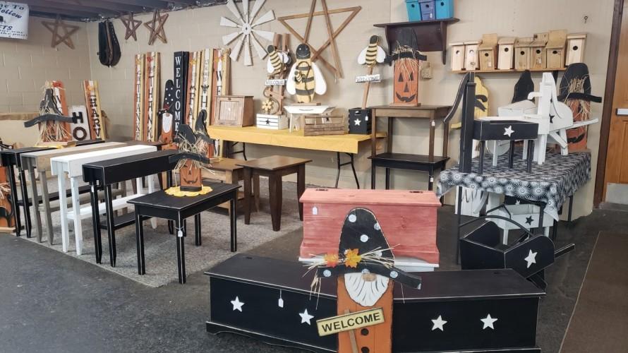 Amish Hollow Crafts
