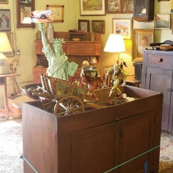 Olde Easton Antiques